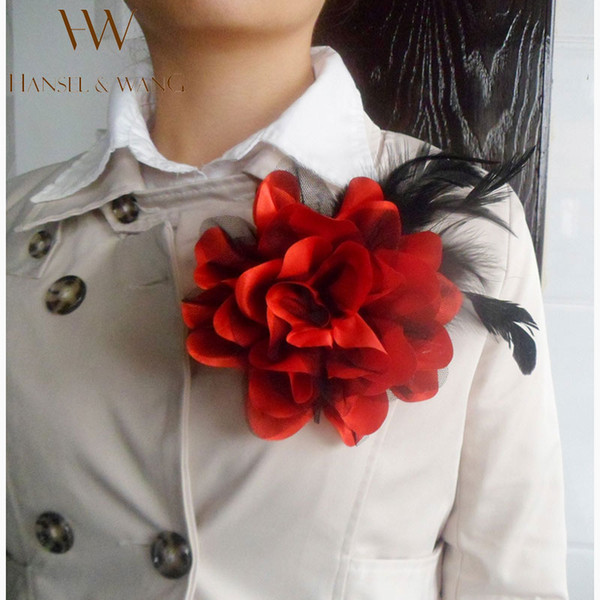 Wholesale- New Flower Feather Brooch Hair Accessories Wedding Corsage Large Brooches for Women and Men Broches Jewelry Fashion Rooch 2XZ12