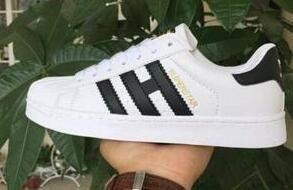 white-black gold