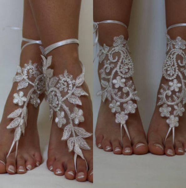 Absolument chaussures magnifiques pour les mariages de plage dentelle délicate Applqiues paillettes de perles chaussures de mariée plat bout ouvert