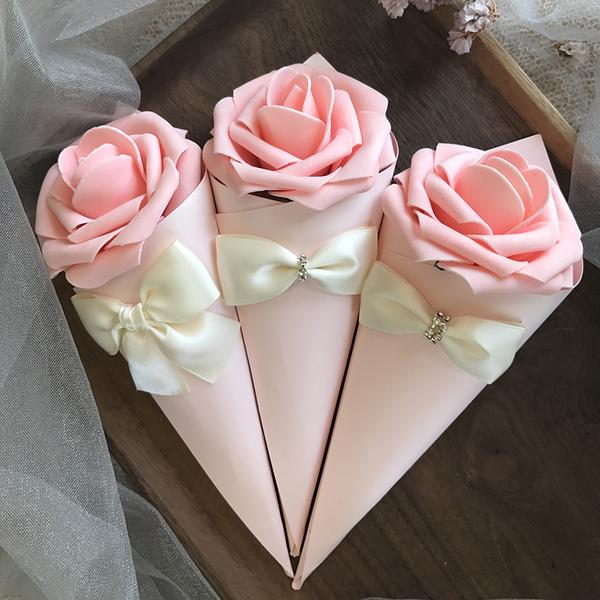 Paper Cone Shape favor holders wedding candy Boxes with Rose Flowers Bowknot Diamond 50pcs lot Free Shipping