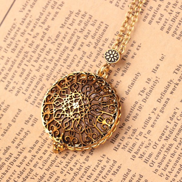 Hollow Pattern Circle Glass Cabochon Domed Magnifying Glass Necklace Unisex Magnifier Pendant Antique Gold Alloy Jewelry