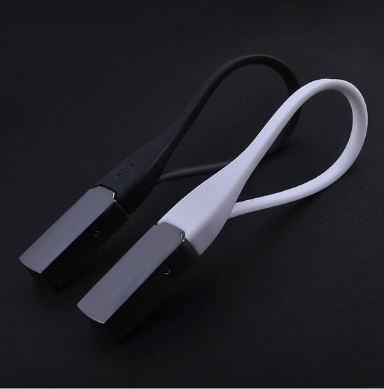Car Styling NOVITÀ Danimarca Generation Black / Whtie titanio lega creativo portachiavi auto portachiavi paio di modelli Accessori