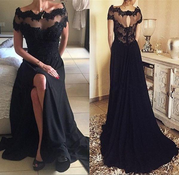 2018 Gothic Schwarz Vintage Spitze Prom Party Kleider Eine Linie Bateau Kurzarm Side Split Plus Size Lange Chiffon Formale Abendkleider