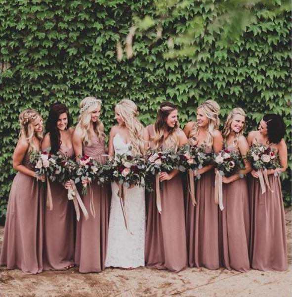 Dusty Rose Pink Vestidos de dama de honor Sweetheart Fruncido Chiffon A-line Vestidos largos de dama de honor Vestido de fiesta de bodas Tallas grandes Playa