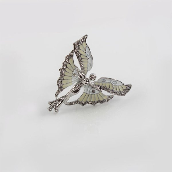 Wholesale- 2pc Silver Shining Butterfly Fairy Napkin Holder Serviette Ring Napkin Ring Dinner Towel Ring Hotel Table Decoration