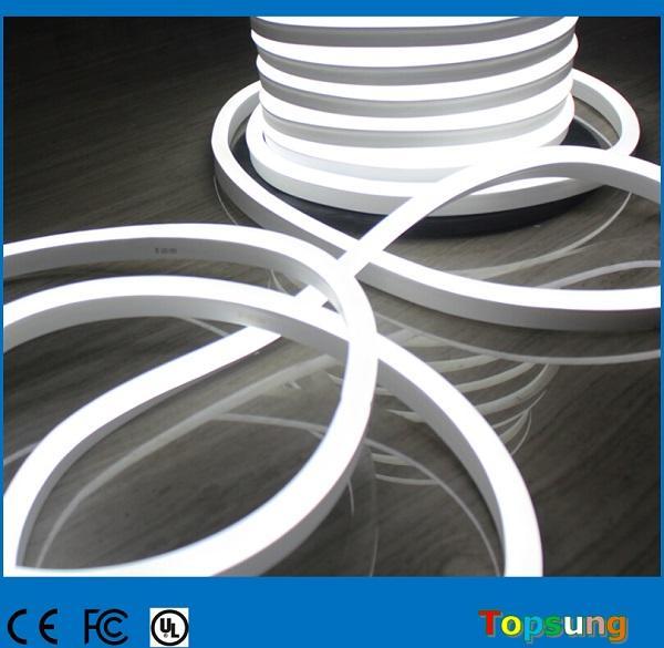 25 metre (82 ') LED neon biriktirme SMD2835 katı renk 14 * 26mm esnek şerit ışıkları 220 V / 110 v 120LED / m Noel ışık dükkanı burcu