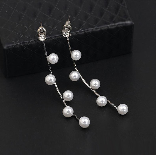 New Wholesale Lady Earrings Chic Fashion Gold Charm Pearl Beads Stud  BH26