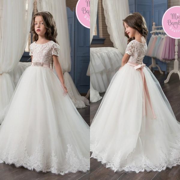 Güzel Prenses Çiçek Kız Elbise Cap Kollu Dantel Aplikler Uzun Çocuk Doğum Günü Partisi Törenlerinde Çocuk Pageant Kanat ile Elbiseler