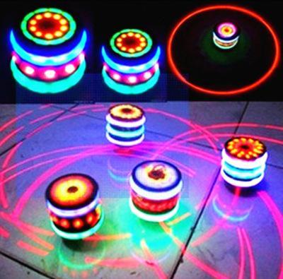 wholesale supply Imitation wood gyroscope Flash rotating gyro Colorful music Luminous imitation wood lay in gyro toys