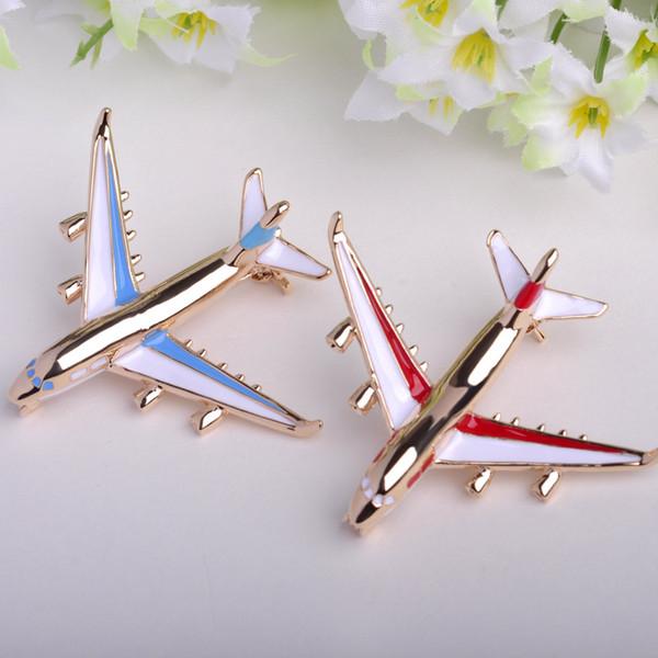 Blucome Design Innovative Airplane Model Brooch Pins Kids Enamel 18K Gold Plated Fahionable Dress Clip Pins Broche de esmalte