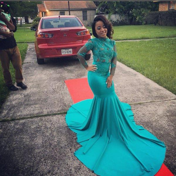 2K17 Hunter Green High Neck Long Sleeve Prom Dresses Sheer APplique Lace Custom Made Evening Gowns