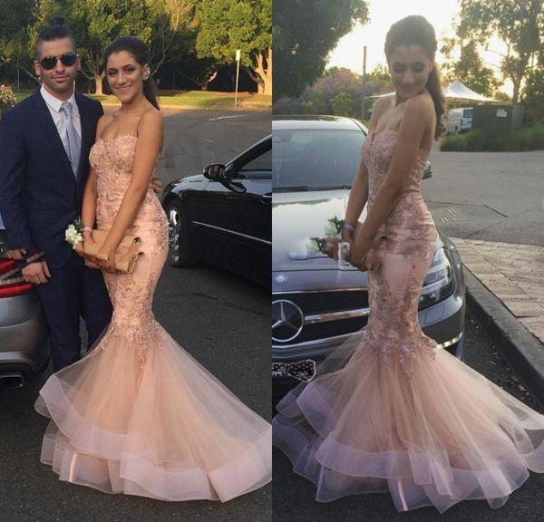 Compre Gorgeous Mermaid Lace Prom Dresses 2017 Oriente Medio Arabia Saudita Desnuda Pink Women Long Evening Dress Vestido Formal Clásico A 14367 Del