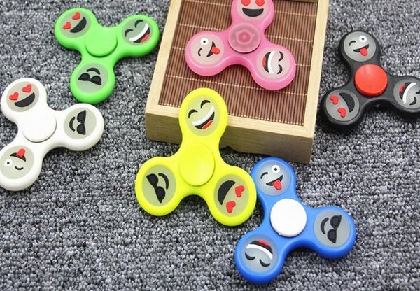 2017 Hot selling Glow Emoji Fidget Spinners Triangle Design Hand Spinner EDC Toys For Decompression Anxiety Stainless Steel Spinning Top