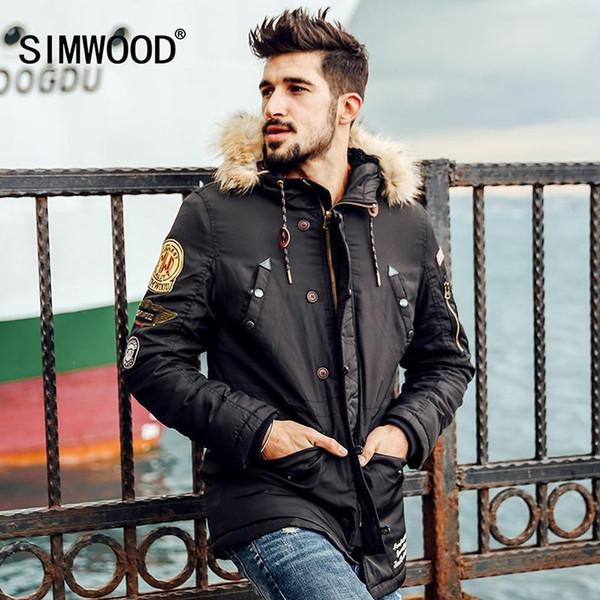 Moda-Simwood Marca Agradável Novos Casacos de Inverno Homens Emblema Padrão Parkas Moda Streetwear Roupas Quentes Mf8512