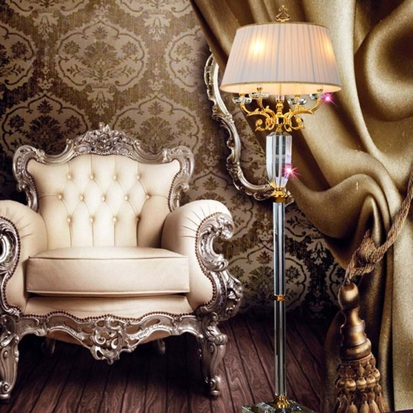 Stoff Schatten leuchtet Luxus Kristall europäischen Stehleuchte LED Stehlampe Beleuchtung Montage Qualität Mode Wohnzimmer Dekoration Stehlampe