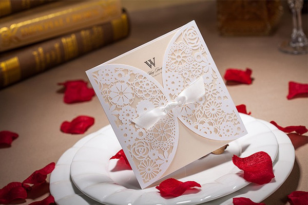 Personalized Laser cut Folded wedding invitations cards Hollow Flora wedding cards with Envelope Sealed Card 2017 New Wedding Favors
