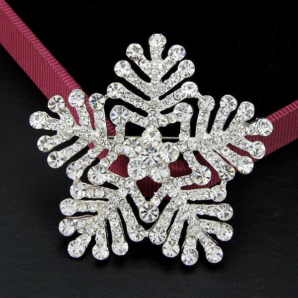 Christmas Gift Luxury Full Rhinestone Crystal Snow Flake Brooch Snow Flower Pins Brooches Corsage Wedding Jewelry for Christmas Party