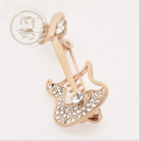 Hot sale Free Shipping wholesale Fashion scarf jewelry clear rhinestone guitar Musical Instrument Brooches violin pins