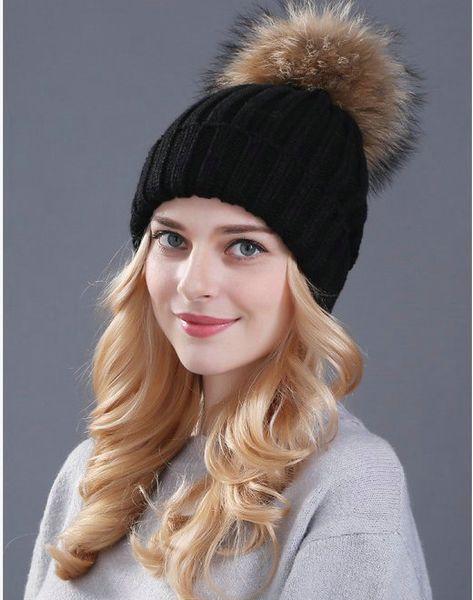 2016 Doğrudan Satış Koştu Bere / kafatası Kap Siyah Gri Kırmızı Kış Örme Girly Şapka Pom Pom ile, Sıcak Kürk Bobble Örgü Tığ Bere Kap