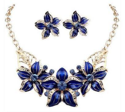 top popular Hot Seling 18K Gold Plated Austrian Crystal Enamel Flower Jewelry Sets Fashion 2017 African Necklace and Earring Set for Women free shipping 2021