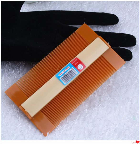 A very good quality of dandruff itching scratch lice dense tooth comb superfine plastic comb