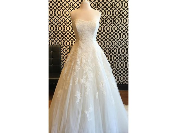Beautiful Free Shipping Ball Gown Sweetheart A Line Tulle Lace Appliques Beaded Sash Comfortable Bridal Wedding Dress COR-574 Real Photos