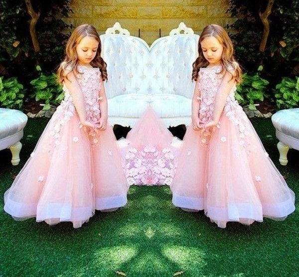 Baby Pink Sweety Wedding Flower Girls Vestidos con flores hechas a mano Princess Girls Pageant Dress Tiered Tulle Kids Party Vestidos de cumpleaños