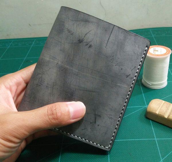 Men Genuine Leather Retro Short Bifold Wallet Cowhide Purse Card Holder Original designer handmade Money Clips Slim Vintage Design BluePurse