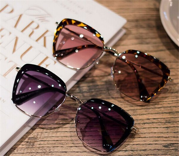 Korean star temperament and trendsetter half frame metal sunglasses eyebrow color gradient square