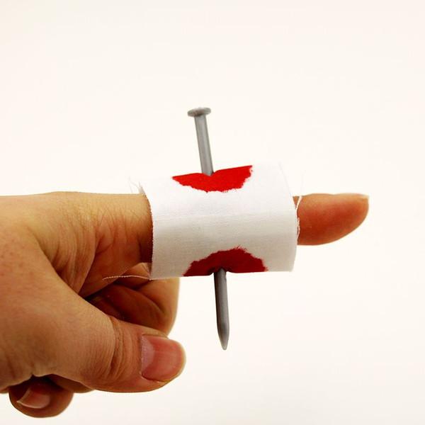5pcs Bloody Prank Fake Nail through Finger magic trick Scary Halloween Party April Fool's Day Street magia fuuny gadget 83024