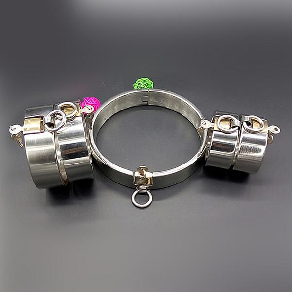 Dispositifs en acier très résistants de chasteté les colliers d'esclave menottent les fers de poignet fers de verrouillage de bondage fers 5pcs / jouets de sexe réglés