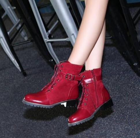2018 Novo Couro Villus Martin Botas das Mulheres Retro Vintage Mais Quente Caminhadas Sapatos de Desporto Mulheres Botas de Martin Ocasional Plana-Inferior