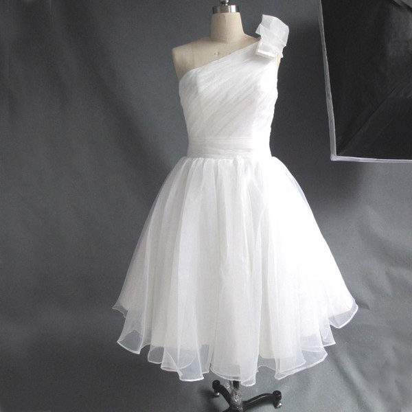 top popular Simple Elegant Real Picture Ivory Graduation Party Dress Short One Shoulder Ruched Inexpensive Homecoming Gowns Custom Made 2019