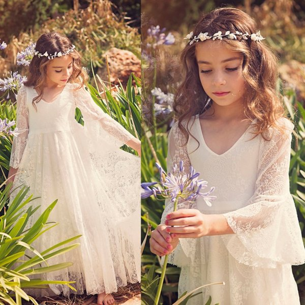 best selling 2019 New Bohemian V Neck Lace Flower Girl' Dresses Long Sleeves Floor Length Little Girls 'Wedding Party Dresses Bow Sash MC0668