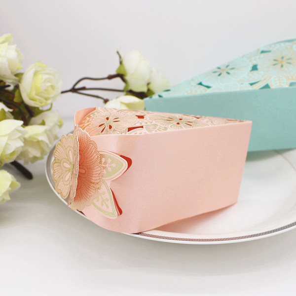 100pcs Wedding Cake Candy Boxes Paper Favors Gift Box Baby Shower Unique Design Blue or Pink