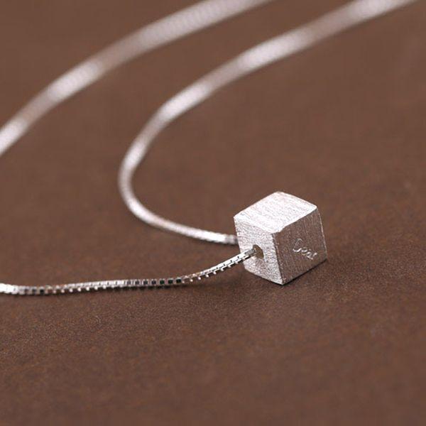 5pcs / lot Real Pure 925 Sterling Silver Dear grabado en el collar colgante del cubo para las mujeres joyería de plata