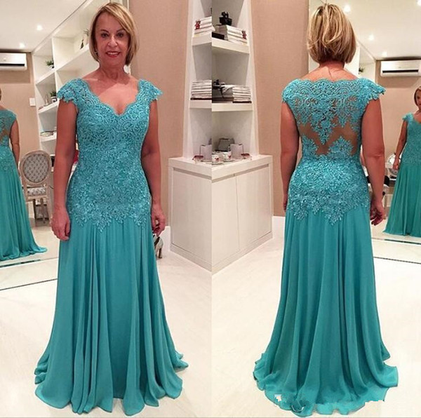 2017 Top Lace Graceful Plus Size Evening Dresses Appliques V-Neck Cap Sleeves Sweep Train Chiffon Mother Of The Bride Dresses