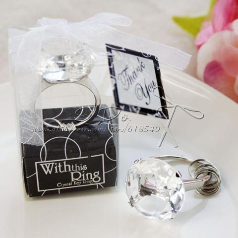 Wholesale- Free Shipping Ring Keychain/Napkin Ring Wedding Favors And Gifts For Guest Party Favors Wedding Souvenirs Wedding Gift