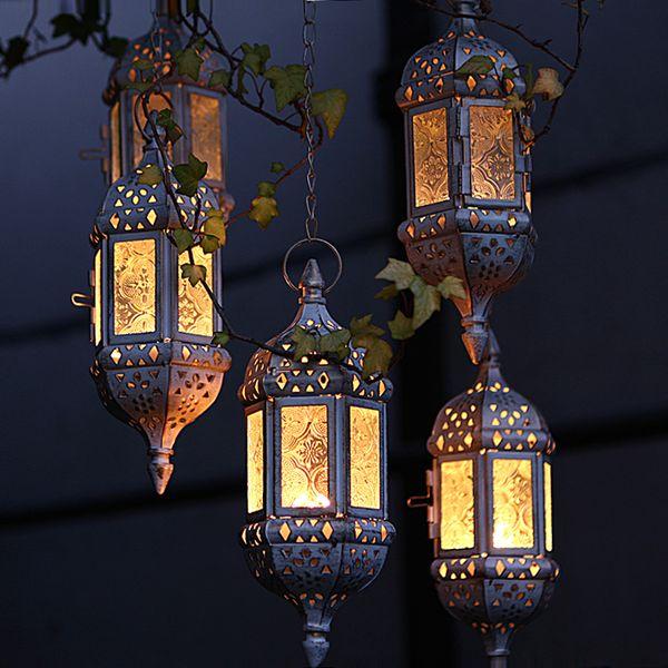 Decoração da casa Do Vintage de Metal Oco De Vidro Marroquino Pendurado Luz Do Chá Titular Lanterna Decorativa Combinando Bloco Vela Pequena Tealight