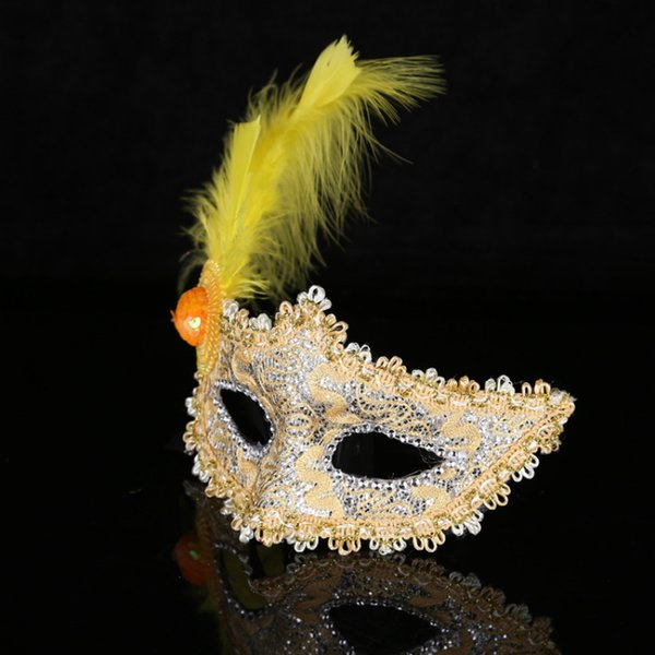 Feather Mask for Party Ball Bar Masquerade Christmas Halloween Festivals Half Face Sexy Lady Girls Princess Masks 2017 Newest