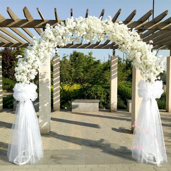 Luxury wedding Center pieces Metal Wedding Arch Door Hanging Garland Flower Stands with Cherry blossoms flower For Wedding Event Decoration