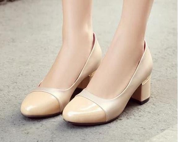 Single shoes for women's shoes with lighter in color matching joker big code 2017 new shoes FuRuiSource