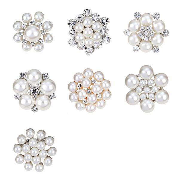 Pearl Brooch 2017 New Styles Mini Clear Rhinestone elegant Petal Flower Corsage For Wedding crystal brooches