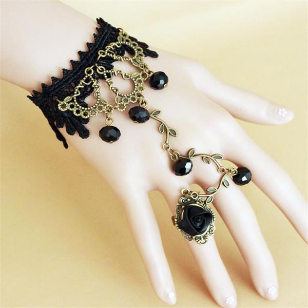 Bracelet tissu gothique