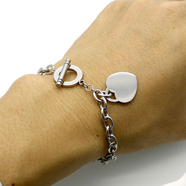 Heart Pendant Charm Bracelets Gold Silver Rose Gold Stainless Steel Chain Bracelets Women Bracelets Fashion Jewelry