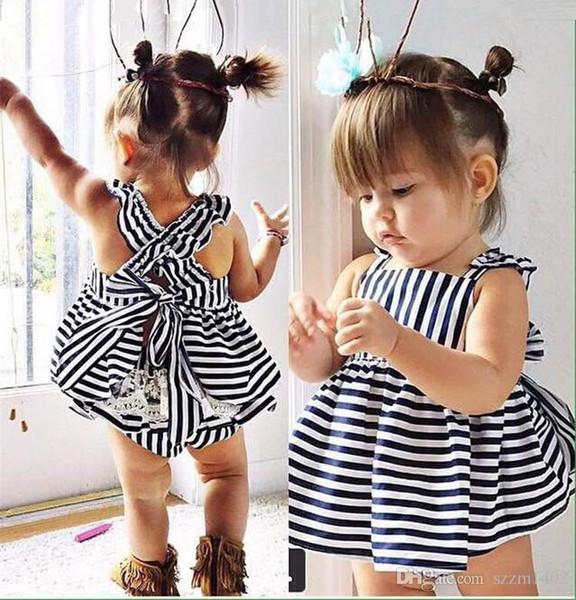 2017 Yaz Vestidos Bebek Kız Yay Elbiseler Bebek Tulum Giysi Prenses Çizgili Elbise + PP Pantolon 2 adet Setleri Bebekler Pantolon Tops Kıyafetler