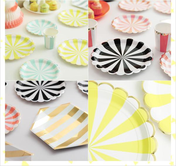Toptan-renkli Çizgili Yemeği Kağıt Tabaklar Folyo gümüş Karnaval Parti Dekor Malzemeleri Sofra CP070
