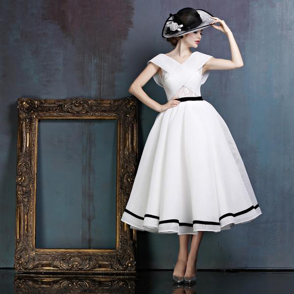 Elegant White Chiffon Ball Gown Prom Dresses Criss-Cross Front Cap Sleeve Ribbons Ruffles Backless Tea Length Evening Dresses