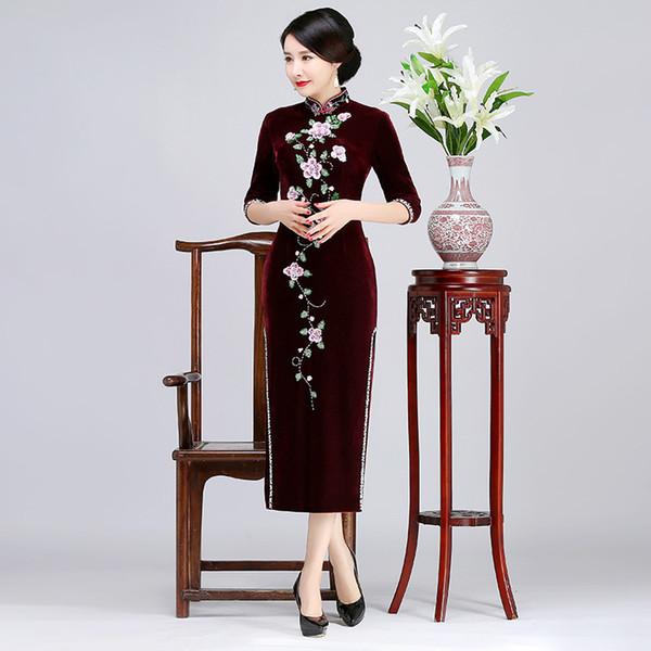 2019 New high quality plus size 3/4 long sleeve velvet embroidery beading red/blue/purple long cheongsam wedding dress evening dress qipao