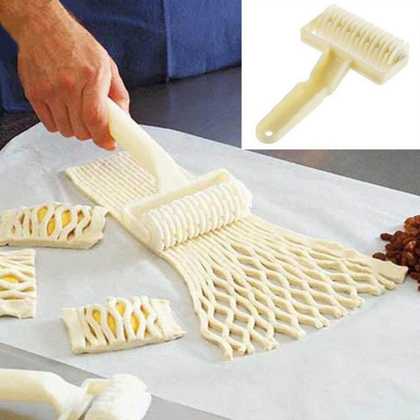 Newest White Netting Round Knife Dough Bread Pastry Cutters Pizza Cake Dessert Cookie Lattice Bread Hob Wheel Knife Baking Tools NB